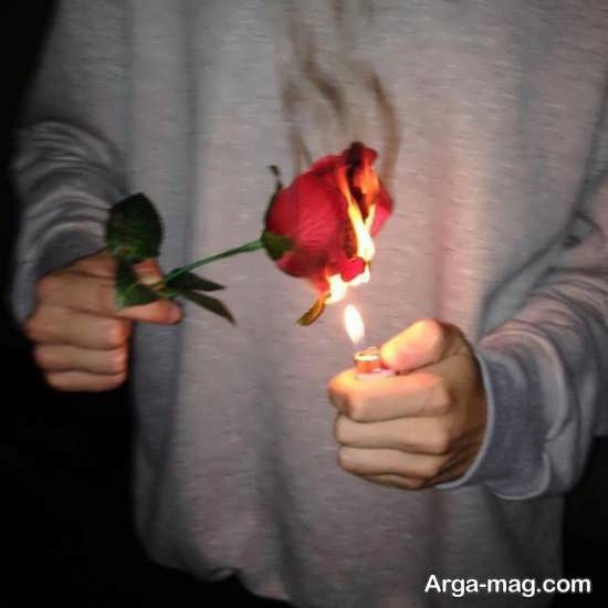 ژست عکس با گل پسرانه
