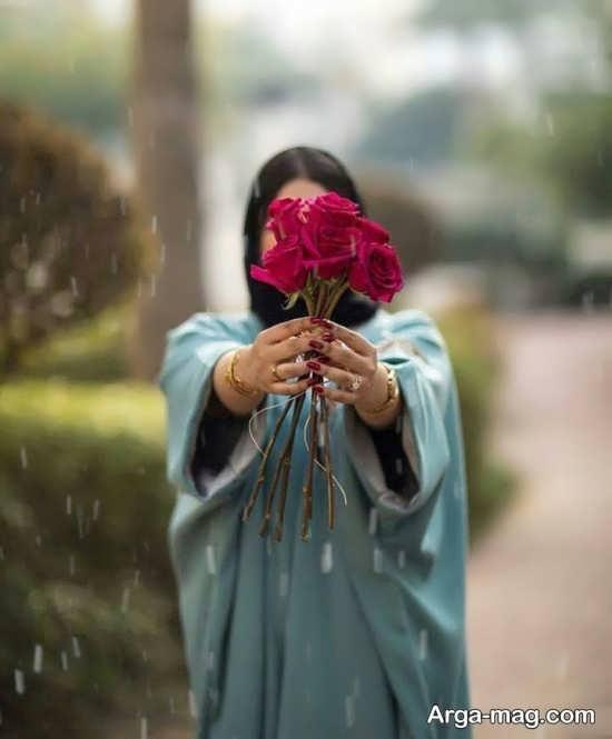 ایده و ژست عکس خاص با گل