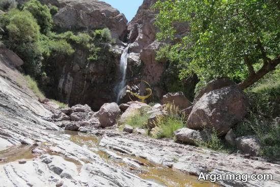 جاذبه های شهرستان رابر و آبشارها و دره ها