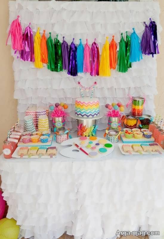 تزیین تولد با تمی ساده و منحصر به فرد