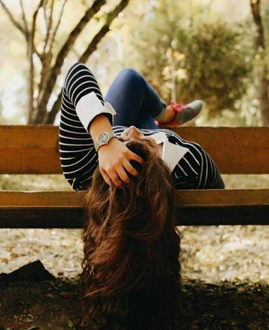 عکس پروفایل شیک و زیبا زن تنها
