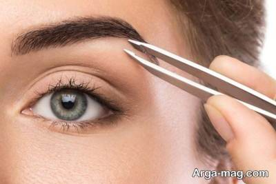کاربرد موچین برای برداشتن موهای زائد