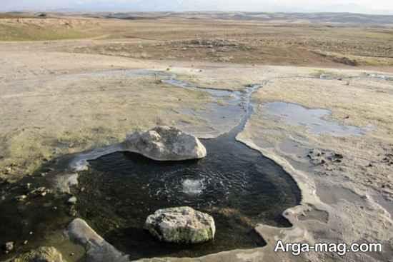 چشمه آب قروه