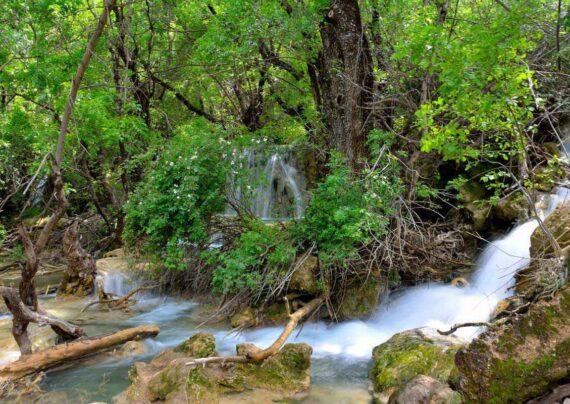 آبشار نای انگیز لرستان