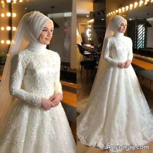 لباس عروس کار شده پوشیده