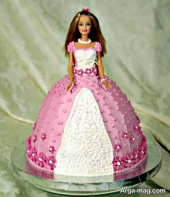 انواع دیزاین های تولد دخترونه با شکل باربی