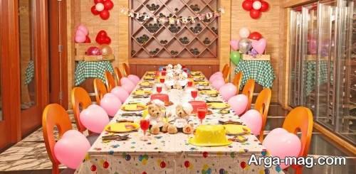 مدل تزیین میز شام برای تولد