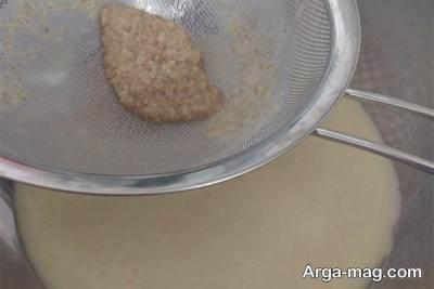 ریختن گندم درون صافی