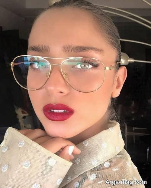میکاپ برای خانم های عینکی