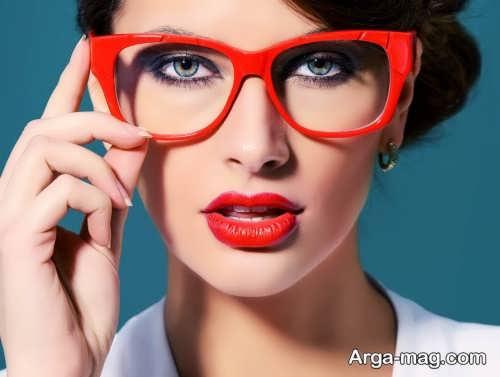 آرایش ساده برای خانم های عینک دار