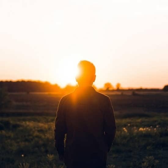 تصویر زیبا و دلنشین طلوع آفتاب
