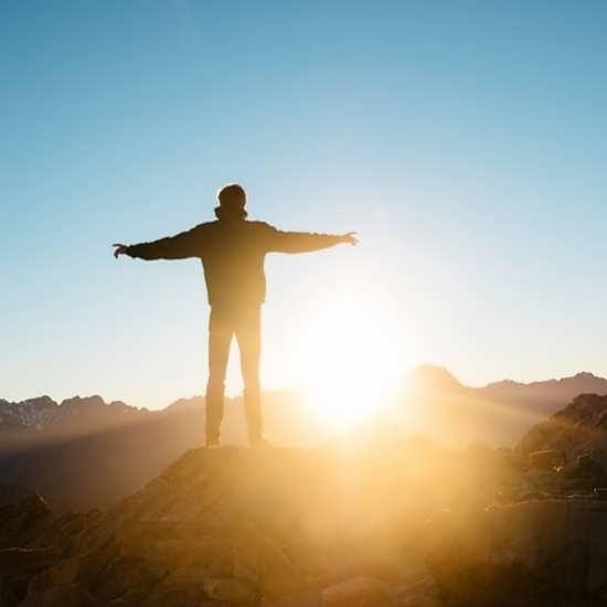 تصویر پروفایل پسرانه طلوع خورشید