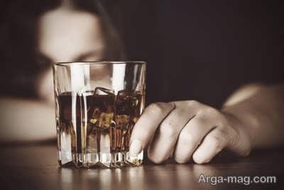 تاثیر مشروبات الکلی در بروز واریس صورت