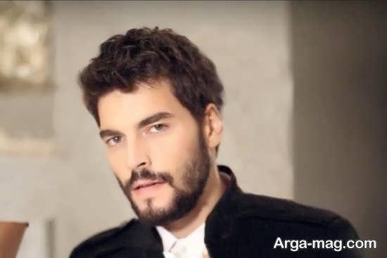 بیوگرافی آکین آکینوزو بازیگر جوان و توانای کشور ترکیه