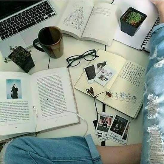 مجموعه ای متفاوت از تصویر پروفایل کتاب برای شبکه های اجتماعی