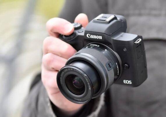 بررسی دوربین کانن m50