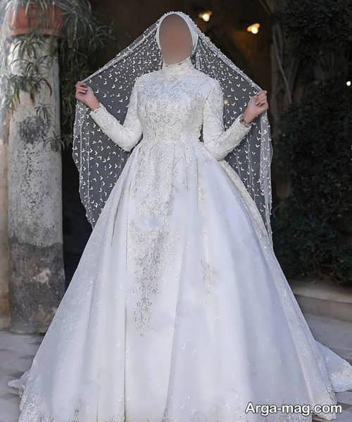 مدل لباس عروس زیبا و یقه بسته