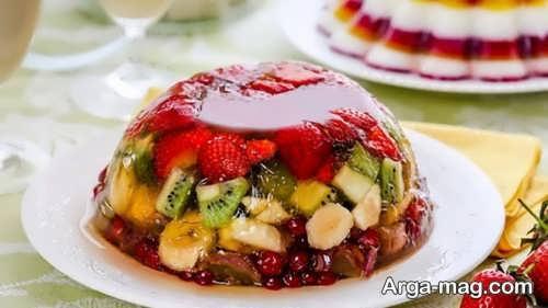 تزئین دسر قالبی با میوه