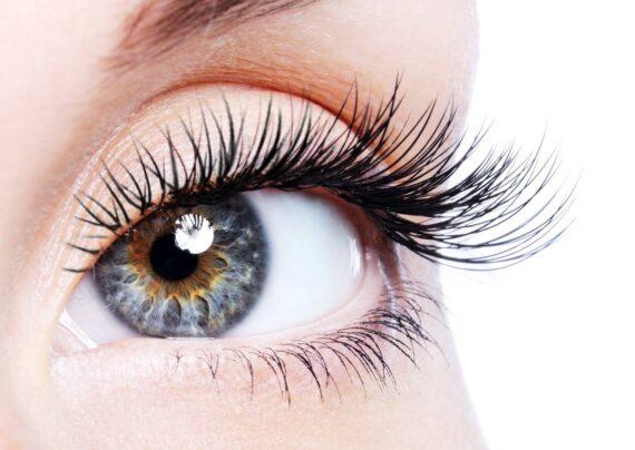 زیبایی چشم بدون آرایش