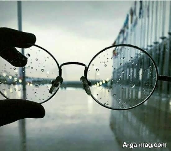 نمونه هایی از عکس نوشته درباره افراد عینکی