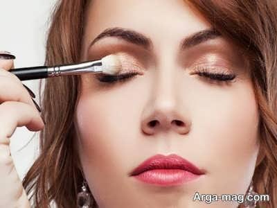 روشن کردن پلک چشم ها