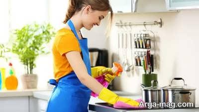 تمیز کردن لوازم برقی به چند روش
