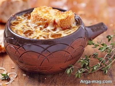 آشنایی با طرز تهیه سوپ پیاز فرانسوی