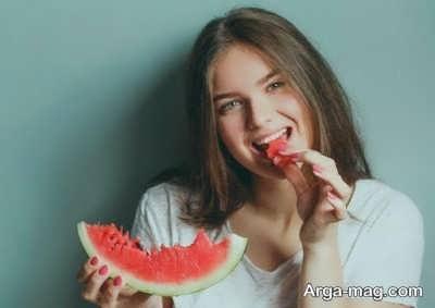 تاثیر مصرف هندوانه در هیدراته کردن پوست
