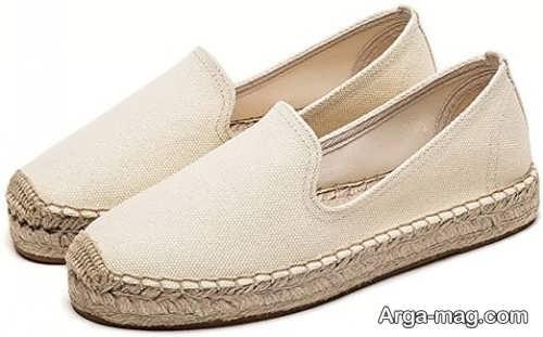 کفش زنانه رنگ روشن