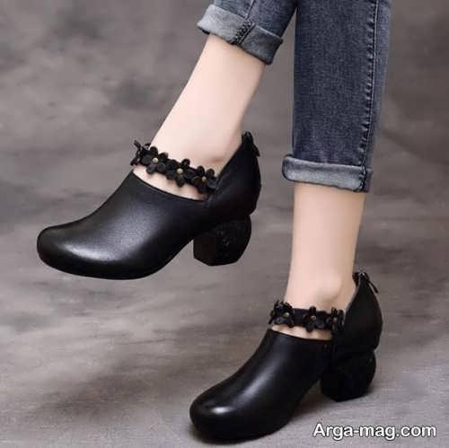 کفش مشکی پاشنه کوتاه مخصوص دوران بارداری