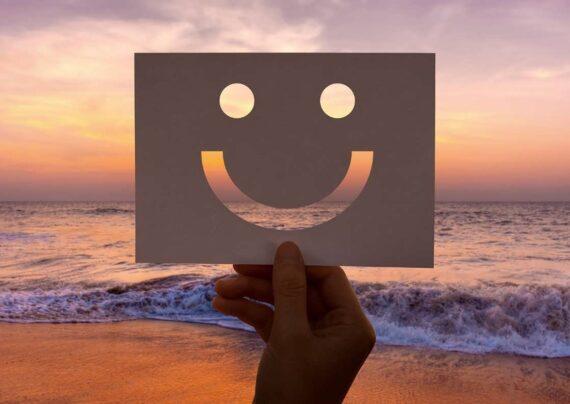 ایده هایی زیبا و جذاب از عکس نوشته لبخند برای فضای مجازی
