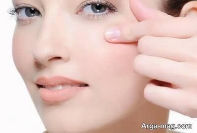 کاهش پف چشم ها
