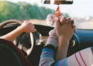 آشنایی با انواع عکس عاشقانه در ماشین