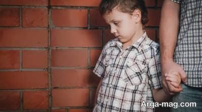 انتقاد مناسب از کودکان چگونه است؟