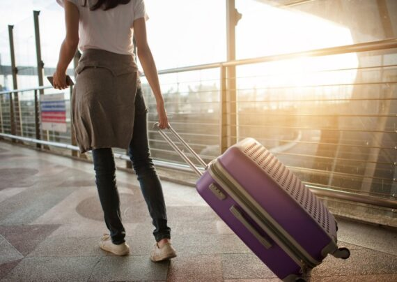 آشنایی با نکات تنها سفر کردن