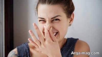 عوامل ایجاد بوی بد در موها