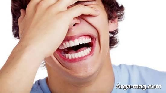زوال عقل و خندیدن غیر عادی