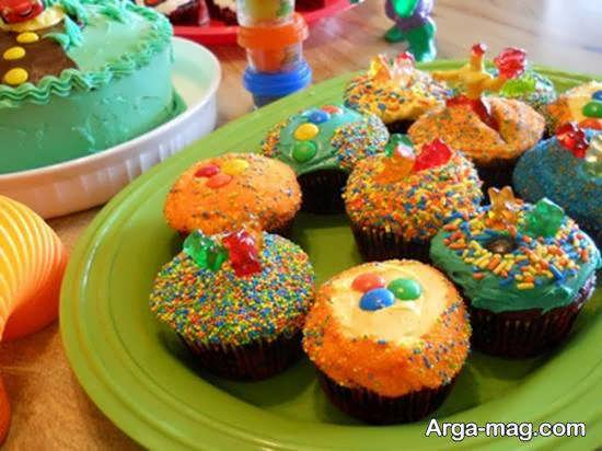 تزیین خوراکی های جشن تولد در طرح ها و شکل های متنوع