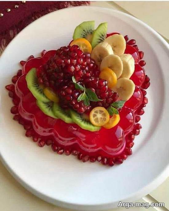 تزیینات ژله همراه با میوه