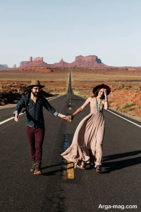 ژست عکس شیک رمانتیک در جاده