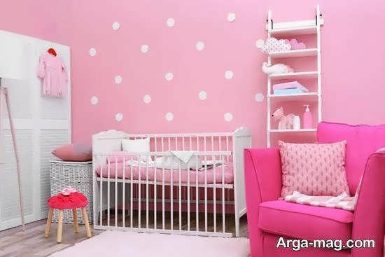 به کارگیری رنگ صورتی برای دکوراسیون اتاق نوزاد با رنگ صورتی