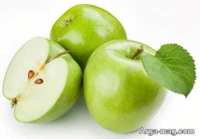 استفاده از آب و نمک برای جلوگیری از اکسید شدن سیب های برش خورده