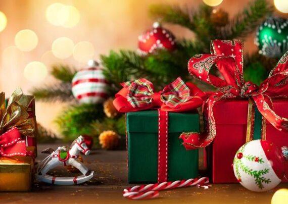 ایده هایی زیبا و جذاب از تزیین کادو کریسمس