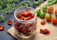 آموزش خشک کردن گوجه فرنگی در منزل