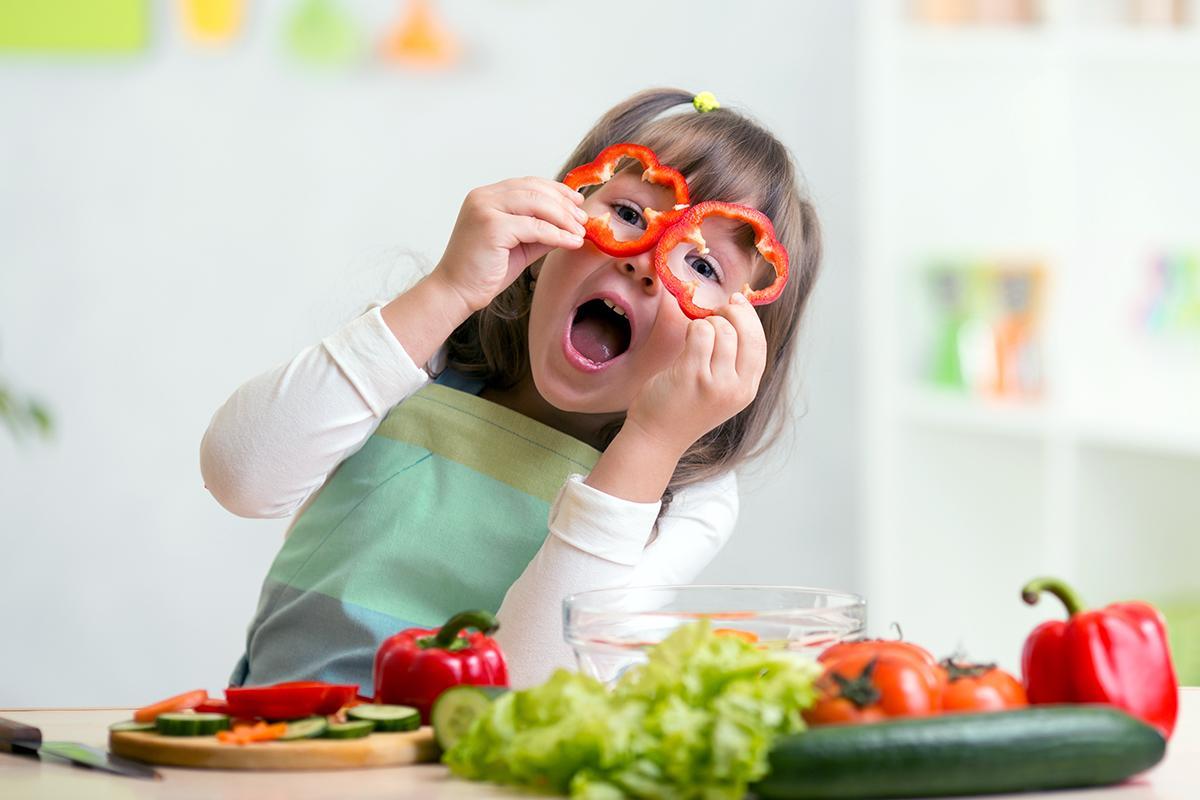 علاقمند کردن کودکان به غذا خوردن