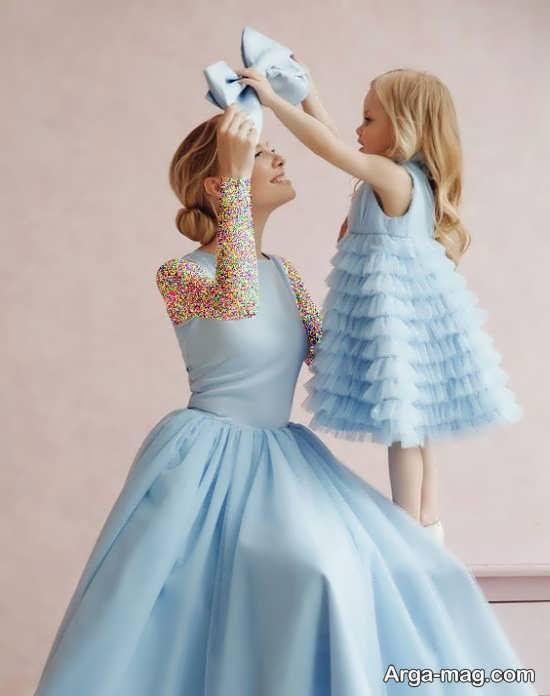 زست عکس مادر و دختر با ست لباس