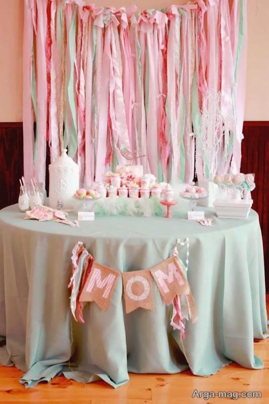 ایده های زیبا ازتزیین جشن تولد مادر با رنگ های شاد