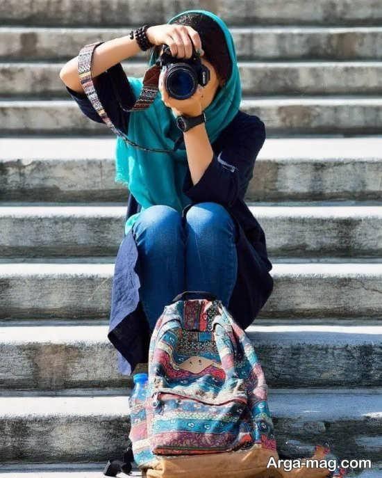 ژست عکس جدید و زیبا با دوربین