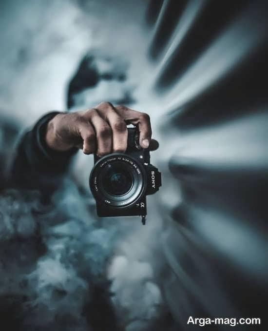 فیگور عکس پسرانه با دوربین