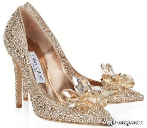 کفش جدید طلایی